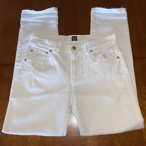 GAP Mid Rise Girlfriend Jeans White 8/29R